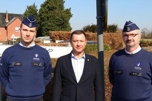 Burgemeester en wijkagenten Glabbeek