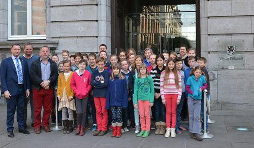 Bezoek school Kapellen aan Vlaams Parlement 011