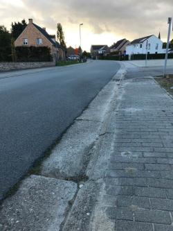 Voetpaden school Dries