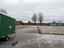 Afbraak loods containerpark foto 3