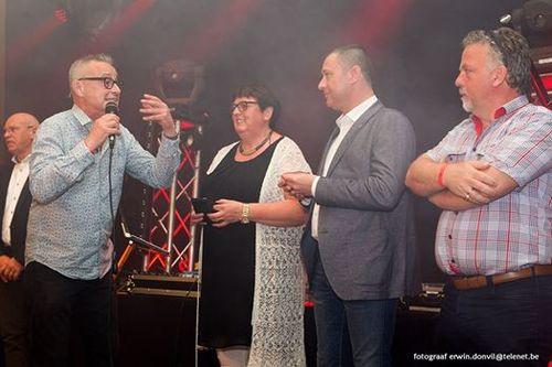 Huldiging 60 jaar voetbal Bunsbeek door burgemeester