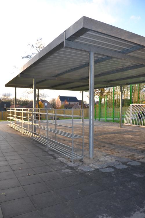 Nieuwe overdekte speelplaats lagere school
