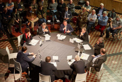 Burgemeester @ debat VOKA foto 6