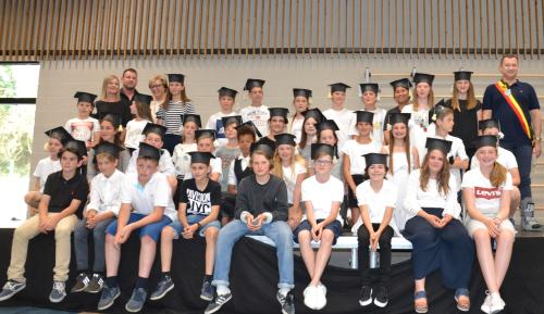 Diplomauitreiking 6de jaars lagere school Glabbeek 2018 095b
