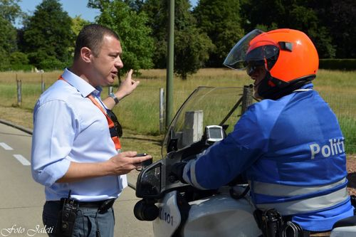 Burgemeester met politie