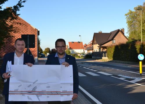 Peter en Simon met plannen N29