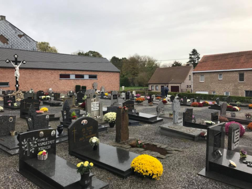 Kerkhof Bunsbeek nov 2017