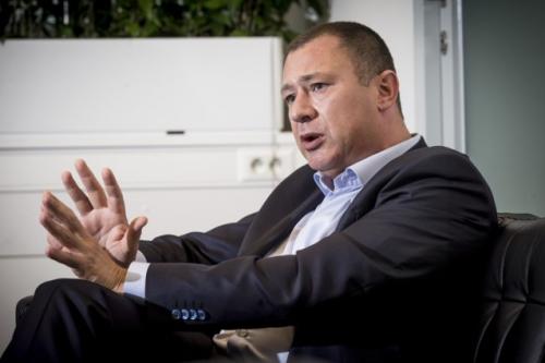 Foto burgemeester Peter Reekmans interview