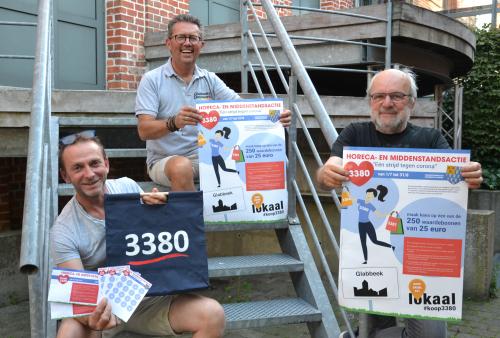 Actie #koop3380 middenstandschepen Tom Struys en gemeenteraadsleden Ronny Vergeylen en Michel Willems