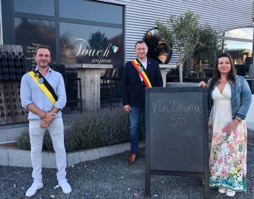 Officiële opening Vin'Osteria55