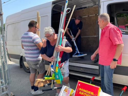 Glabbeek helpt leveren in Trooz 21 juli 2021 foto 4
