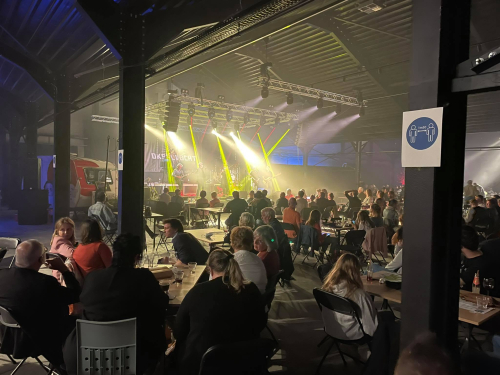 Glabbeek on stage in beeld