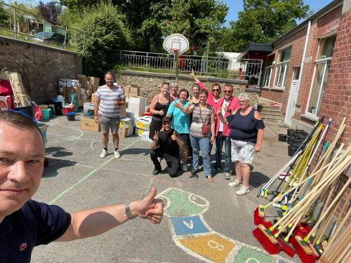 Glabbeek helpt leveren in Trooz 21 juli 2021 foto 1